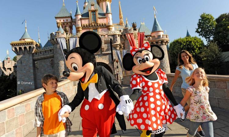 Homewood-Suites_Anaheim_DisneyMainGate_location